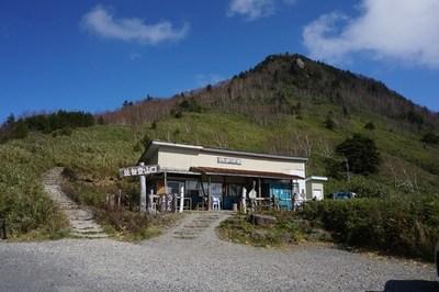 笠岳と峠の茶屋.jpg