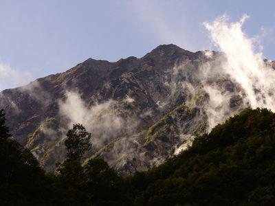 猿倉から見上げる白馬岳